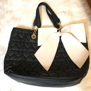 Betsey Johnson Large Bow Bowlicious Quilted Purse